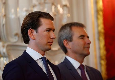 Austria's Chancellor Sebastian Kurz and new Vice Chancellor Hartwig Loeger attend the swearing-in ceremony of the new ministers in Vienna, Austria May 22, 2019. REUTERS/Leonhard Foeger