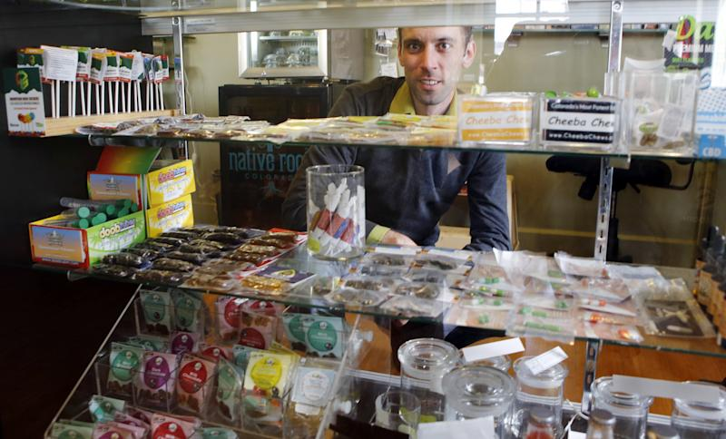 Legal pot draws tourists to Colo., Wash., for 4/20