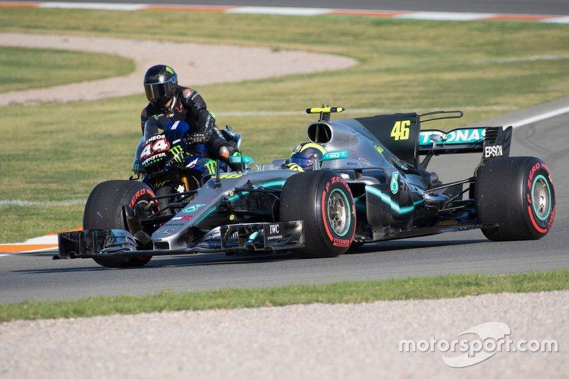 "Lewis Hamilton, Yamaha MotoGP YZR-M1, Valentino Rossi, Mercedes-AMG F1 W08<span class=""copyright"">Monster Energy</span>"