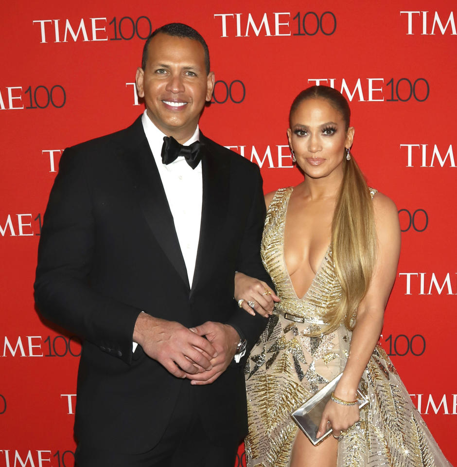 April 22nd 2020 - Alex Rodriguez and Jennifer Lopez have reportedly retained JPMorgan Chase to raise capital for a possible bid for ownership of the New York Mets major league baseball team. - File Photo by: zz/PBG/AAD/STAR MAX/IPx 2018 4/24/18 Alex Rodriguez and Jennifer Lopez at the TIME 100 Gala: The Most Influential People of 2018 held at Frederick P. Rose Hall, Jazz at Lincoln Center in New York City. (NYC)