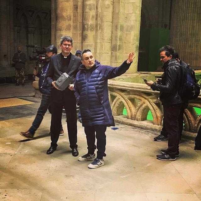 "<p>""Worthy."" Joe Russo directs a scene on May 30 apparently set in a church and invovling Thor's hammer, if not the God of Thunder.<br>(Photo: <a href=""https://www.instagram.com/p/BUuC1qzgRZH/"" rel=""nofollow noopener"" target=""_blank"" data-ylk=""slk:therussobrothers/Instagram"" class=""link rapid-noclick-resp"">therussobrothers/Instagram</a>) </p>"