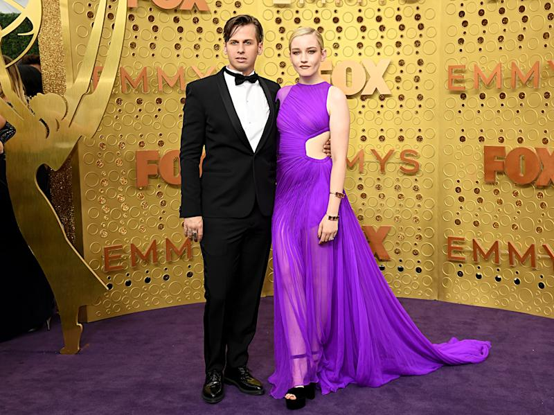 LOS ANGELES, CALIFORNIA - SEPTEMBER 22: (L-R) Mark Foster and Julia Garner attend the 71st Emmy Awards at Microsoft Theater on September 22, 2019 in Los Angeles, California. (Photo by Jeff Kravitz/FilmMagic)