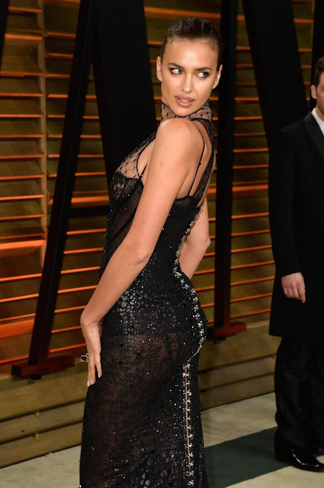 WEST HOLLYWOOD, CA - MARCH 02: Model Irina Shayk attends the 2014 Vanity Fair Oscar Party hosted by Graydon Carter on March 2, 2014 in West Hollywood, California. (Photo by Pascal Le Segretain/Getty Images)