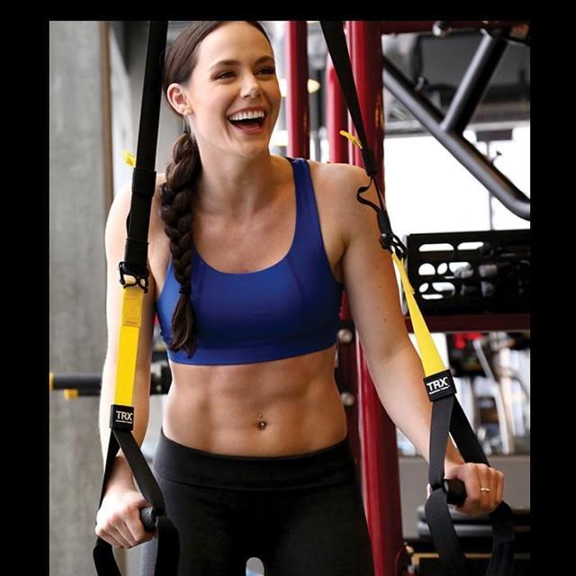 <p>(Photo via Instagram/tessavirtue17) </p>