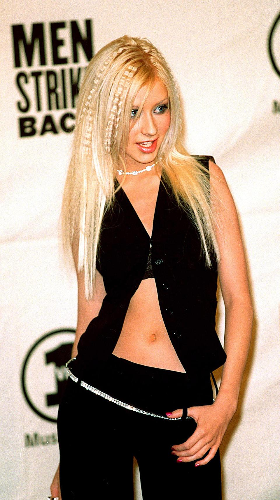 Photo ofChristina Aguilera in 2000 at a concert