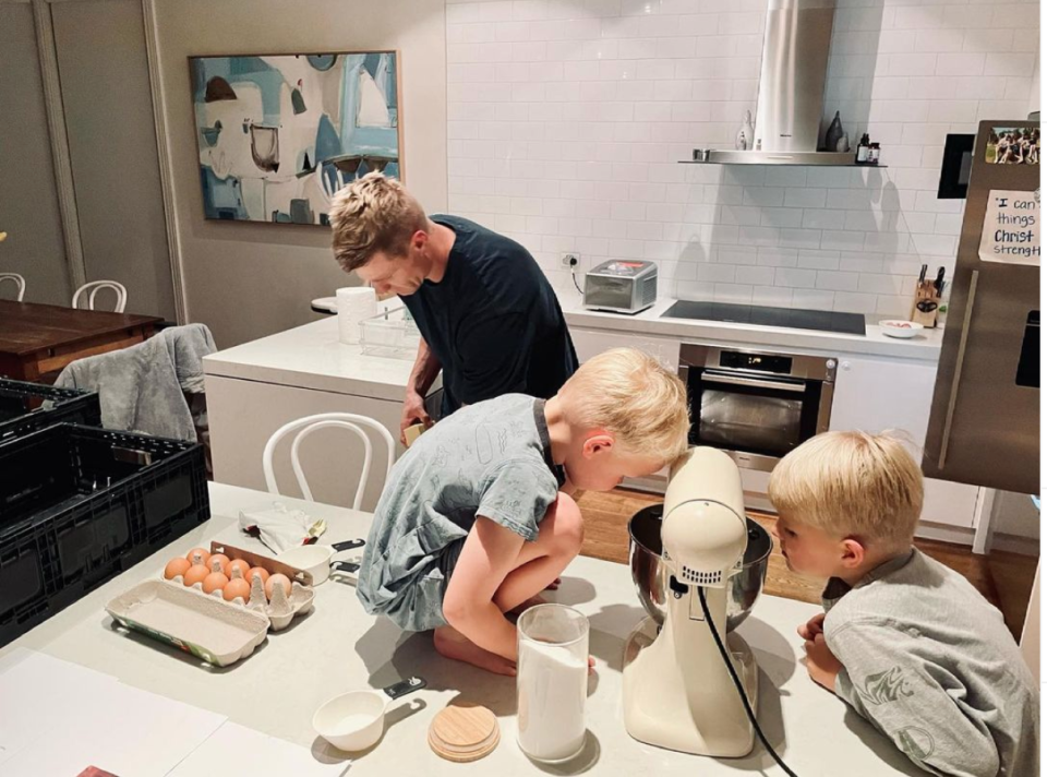 Nick Riewoldt with his two little sous-chefs, sons James and William. Photo: Instagram/@nriewoldt