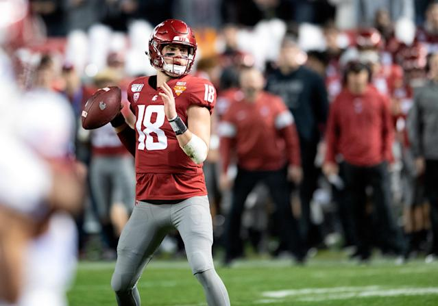 Washington State QB Anthony Gordon could be one of the surprise Senior Bowl standouts. (Photo by Carlos Herrera/Icon Sportswire via Getty Images)