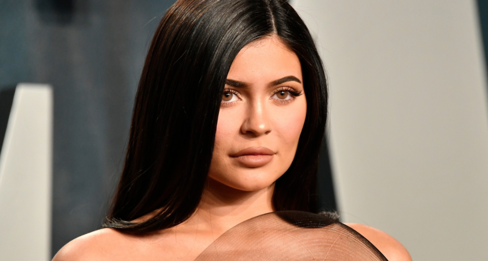 Kylie Jenner's latest athletic look is from celeb-approved Alo Yoga. (Image via Getty Images).
