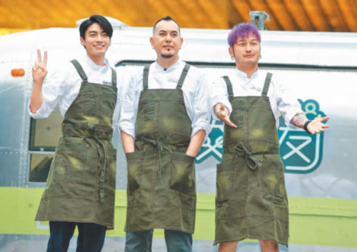 Anthony Wong (middle) with his co-hosts of 'Friends by Food Truck' - Edison Song (left) and Kid Lin (right)