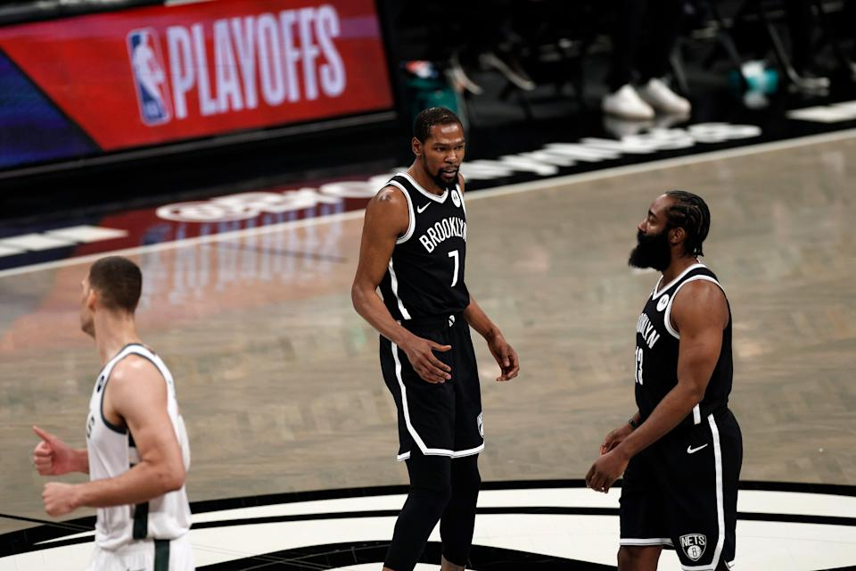 Kevin Durant scored 29 points for the Nets after James Harden left with a hamstring injury.