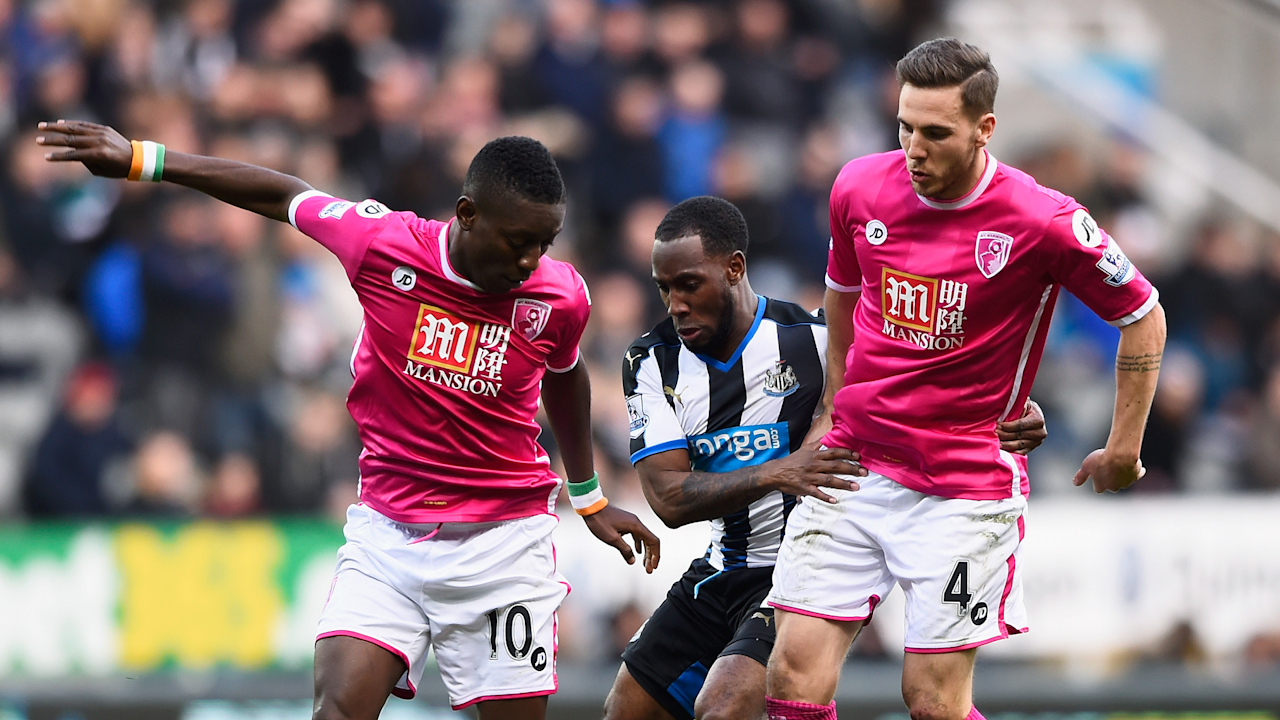 The Cherries midfielder has urged the Ivory Coast international to stay at the Vitality Stadium amidst transfer rumours linking him away from England