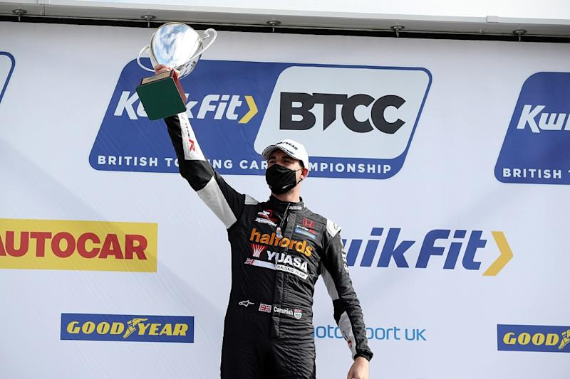 Cammish holds Ingram off for Silverstone race one win
