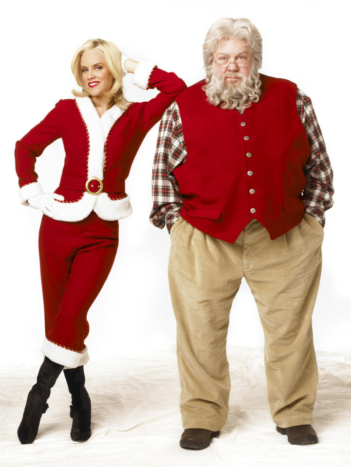 """Santa Baby"" (Jenny McCarthy) on ABC Family 