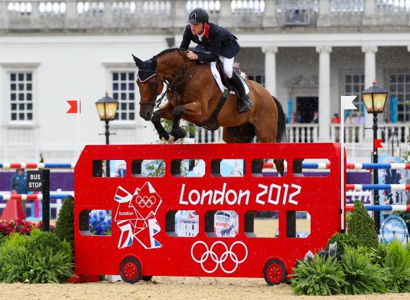 LONDON, ENGLAND - AUGUST 05:  Scott Brash of Great Britain riding Hello Sanctos competes in the 2nd Qualifier of Individual Jumping on Day 9 of the London 2012 Olympic Games at Greenwich Park on August 5, 2012 in London, England.  (Photo by Alex Livesey/Getty Images)