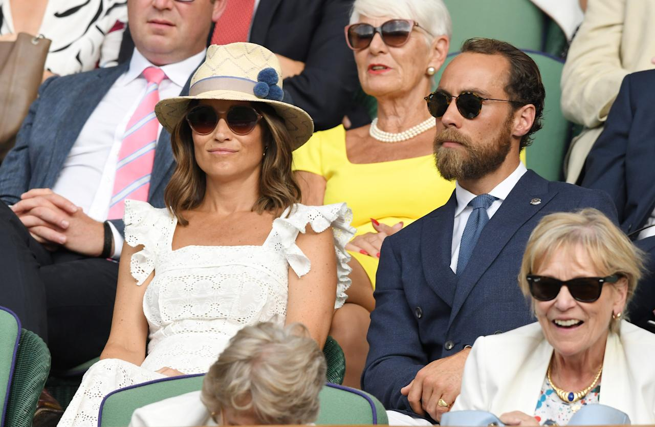 """<p><a rel=""""nofollow"""" href=""""https://www.yahoo.com/lifestyle/tagged/pippa-middleton"""">Pippa Middleton</a> wore her best Wimbledon whites and what appeared to be a new layered lob haircut as she joined brother James, who is the youngest of the three Middleton siblings, for some Grand Slam action Thursday. Photo: Getty </p>"""