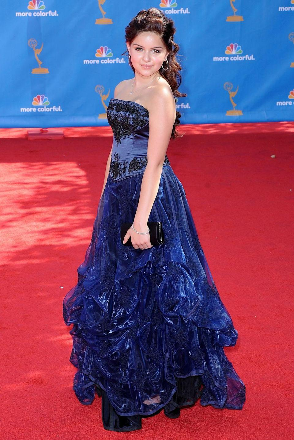 """<p>Winter managed to look age appropriate <em>and</em><span class=""""redactor-invisible-space""""> elegant at the 2010 Emmy Awards. </span></p>"""