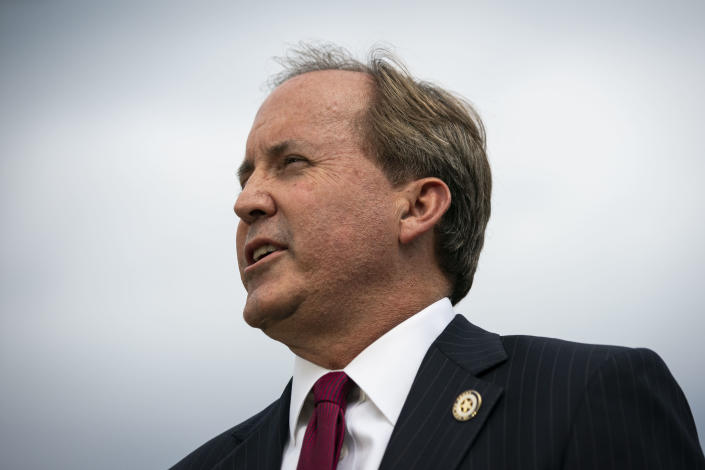 Ken Paxton, the Texas attorney general, holds a news conference outside the Supreme Court building in Washington, Sept. 9, 2019. (Al Drago/The New York Times)