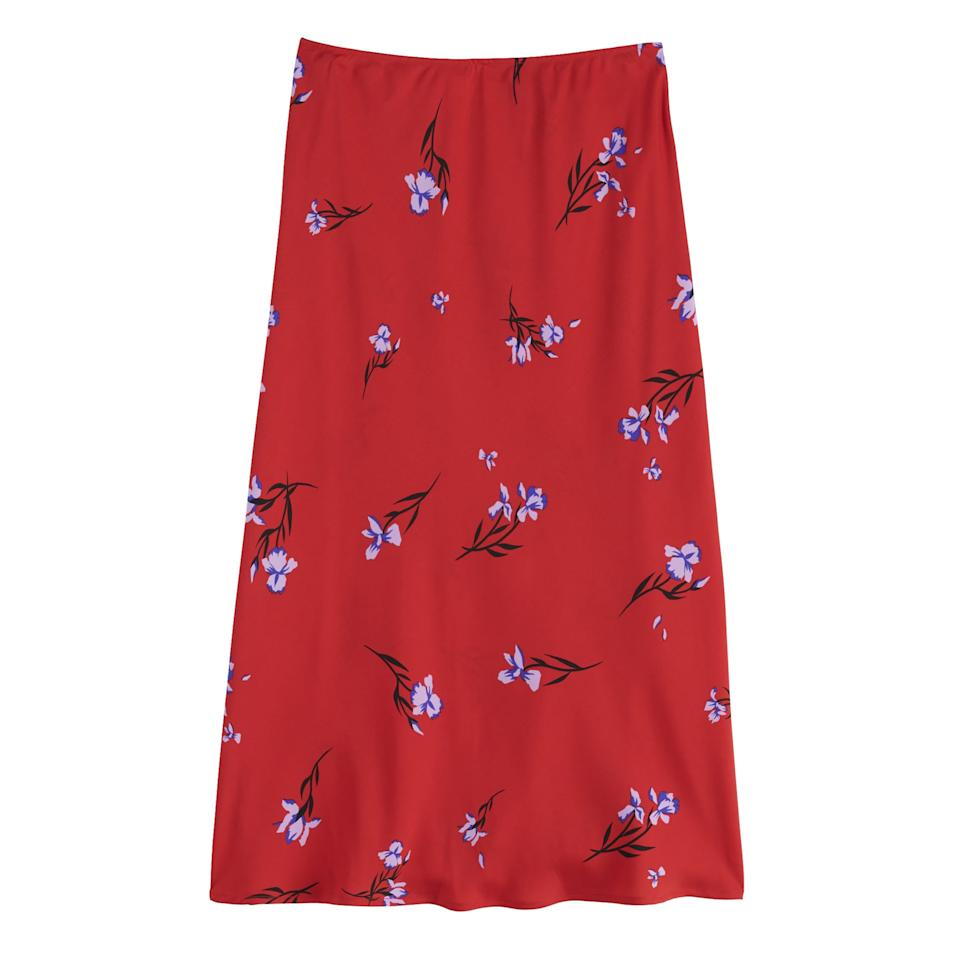 """<p>This <a href=""""https://www.popsugar.com/buy/POPSUGAR-Midi-Skirt-484105?p_name=POPSUGAR%20Midi%20Skirt&retailer=kohls.com&pid=484105&price=37&evar1=fab%3Aus&evar9=46541785&evar98=https%3A%2F%2Fwww.popsugar.com%2Fphoto-gallery%2F46541785%2Fimage%2F46541787%2FPOPSUGAR-Midi-Skirt&prop13=api&pdata=1"""" rel=""""nofollow"""" data-shoppable-link=""""1"""" target=""""_blank"""" class=""""ga-track"""" data-ga-category=""""Related"""" data-ga-label=""""https://www.kohls.com/product/prd-3827166/womens-popsugar-midi-skirt.jsp?color=Iris%20Bloom&amp;prdPV=11"""" data-ga-action=""""In-Line Links"""">POPSUGAR Midi Skirt</a> ($37, originally $50) is in a must-have silhouette for Fall. I'll be pairing mine with t-shirts or a chunky cream sweater.""""</p>"""