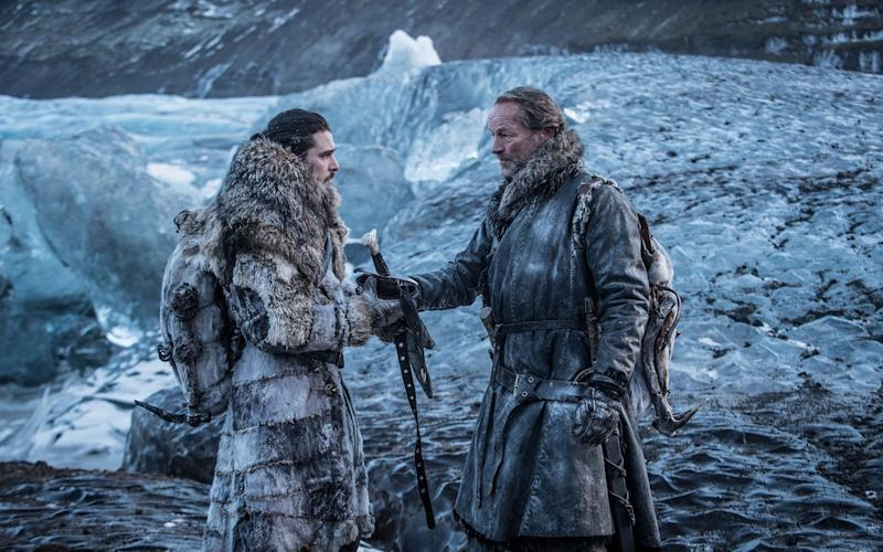 Kit Harington and Iain Glen in Game of Thrones - HBO