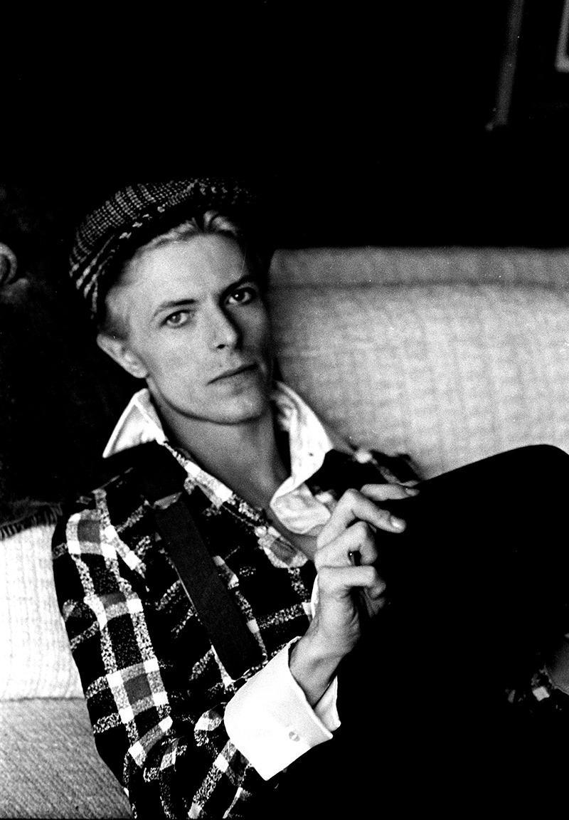 """""""David relaxed at his house in Los Angeles, 1975. I particularly liked his hands in this photo."""""""