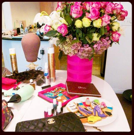 """<div class=""""caption-credit""""> Photo by: Courtesy of Erin Walsh</div><div class=""""caption-title""""></div>We have Kerry's favorite snacks on hand: Eleni's cookies! They made a her a very """"glam"""" tray with cute cookies shaped like lipsticks, shoes, and even a blow-dryer. I thought it was hilarious. <br> <br> <b>See more: <br> <a rel=""""nofollow"""" target="""""""" href=""""http://www.vogue.com/parties/hbo-and-the-governors-ball-emmy-awards-after-parties?mbid=synd_yshine"""">Exclusive Emmy After-Party Photos</a></b> <br> <b><a rel=""""nofollow"""" target="""""""" href=""""http://www.vogue.com/fashion/10-best-dressed/special-edition-best-dressed-the-2013-emmy-awards?mbid=synd_yshine"""">Who Was the Best-Dressed at the Emmys?</a></b> <br>"""