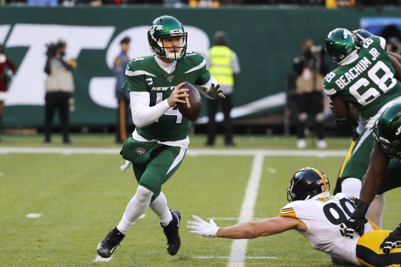 New York Jets quarterback Sam Darnold (14) looks to pass in the second half of an NFL football game against the Pittsburgh Steelers, Sunday, Dec. 22, 2019, in East Rutherford, N.J. (AP Photo/Seth Wenig)