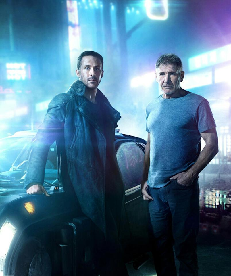 <p>Replicant hunters old (Harrison Ford as Rick Deckard) and new (Ryan Gosling as Officer K) in 'Blade Runner 2049' (Photo: Warner Bros.) </p>