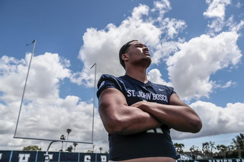 sophomore tight end Matayo Uiagalelei at school. (Robert Gauthier/Los Angeles Times)