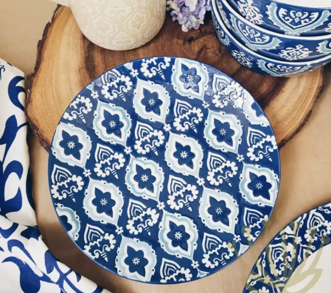 Lovera Moroccan Embossed Blue Salad Plate. (PHOTO: Lazada Singapore)