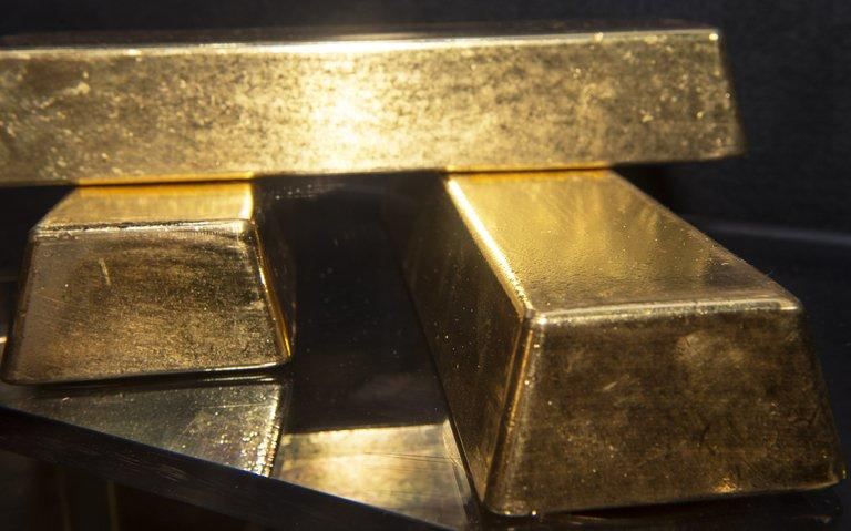 The phenomenon of gold smuggling across the Alps has increased sharply in recent months