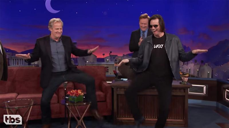 'Dumb and Dumber' Star Jim Carrey Crashes Jeff Daniels' Interview: Watch the Funny Moment!