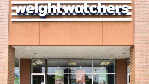 PHOTO:The exterior of a Weight Watchers meeting room and store location is pictured in Staten Island, N.Y., in this June 28, 2016 file photo. (Eugene Gologursky/Getty Images , FILE)
