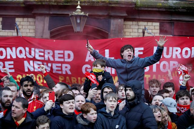 <p>Soccer Football – Champions League Quarter Final First Leg – Liverpool vs Manchester City – Anfield, Liverpool, Britain – April 4, 2018 Liverpool fans outside the stadium before the match Action Images via Reuters/Carl Recine </p>