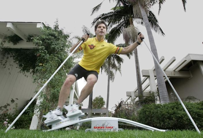 Bartletti, Don –– – October 25, 2005. Irvine, CA. Roy Wallack works out on the Skier's Edge S–4 in the yard of his Irvine home. The American–made machine helps strengthen muscles used in downhill skiing.