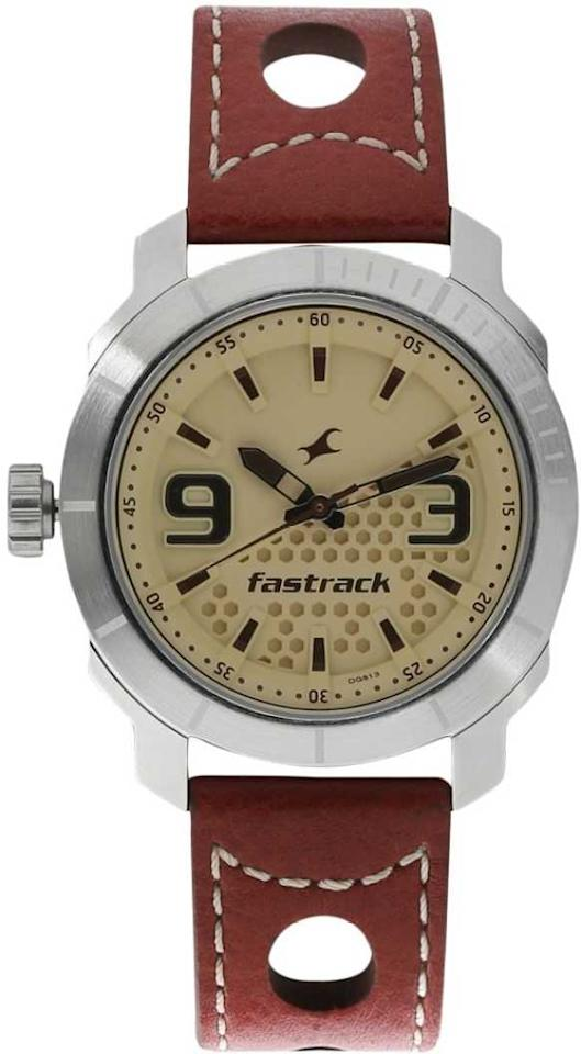 "<strong>Fastrack </strong>3168SL02 Loopholes Analog Watch - For Men. <a href=""https://fave.co/2pPAaoT""><strong>BUY NOW at 60% OFF for ₹940. </strong></a>"