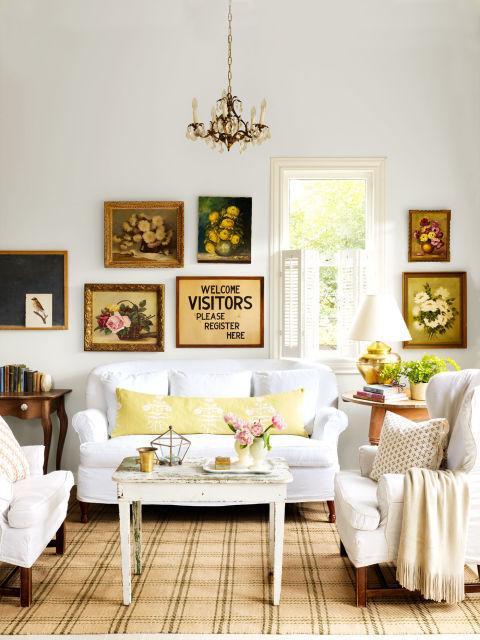 14 of the most gorgeous living rooms in the south for Room decorating ideas yahoo answers
