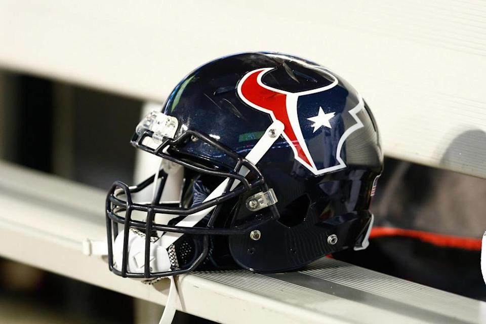 6-texans-restructured-create-salary-cap-space