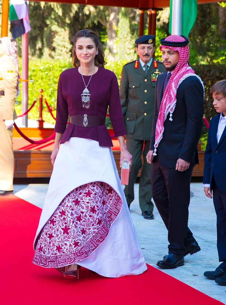 <p>For the 70th anniversary of Jordan's independence in 2015, she chose one of her favorite designers, Hama Fashion, for a complex and structural gown. </p>