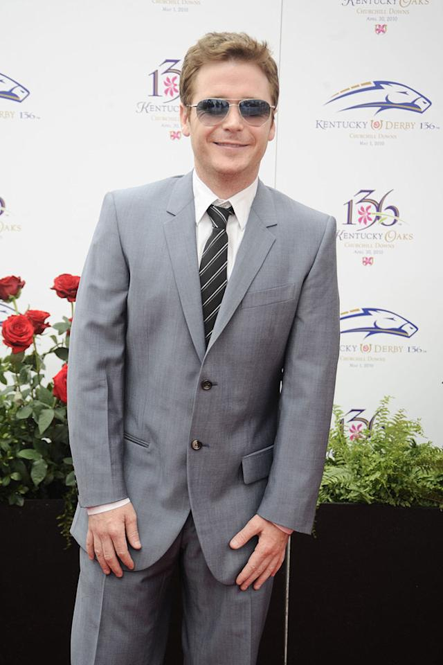 """Entourage"" star Kevin Connolly was dapper in his gray suit and matching shades. <a href=""http://www.gettyimages.com/"" target=""new"">GettyImages.com</a> - May 1, 2010"
