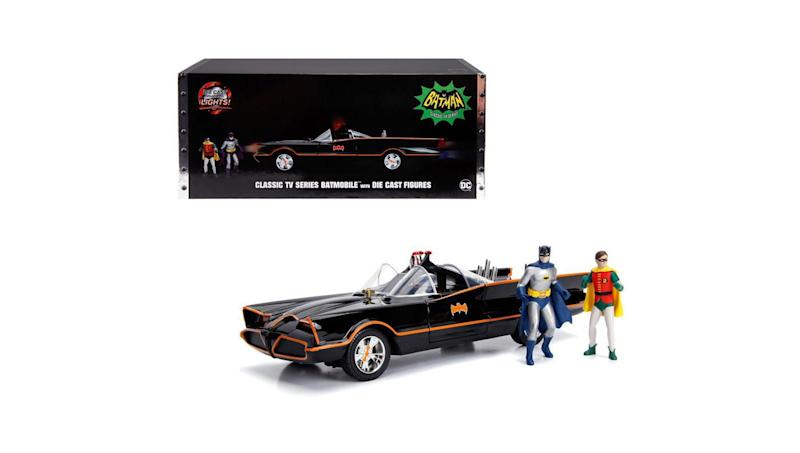 Batmobile with Die Cast Figures (Photo: Diecast Models Wholesale)