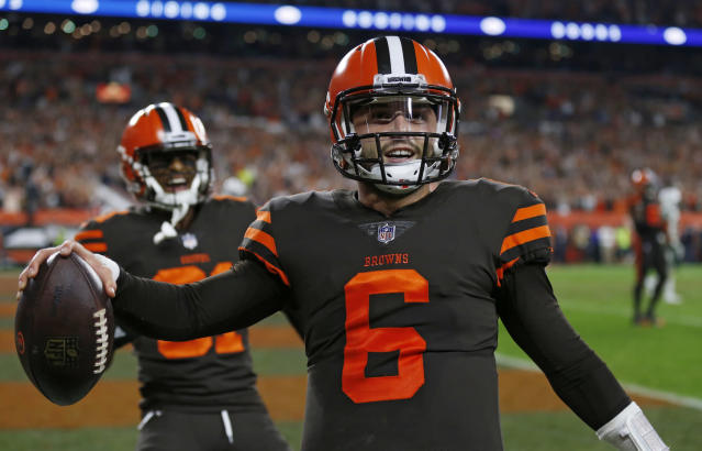 "For those with bye week gaps, <a class=""link rapid-noclick-resp"" href=""/nfl/players/30971/"" data-ylk=""slk:Baker Mayfield"">Baker Mayfield</a> is the ideal remedy this week in Oakland. (AP Photo/Ron Schwane)"