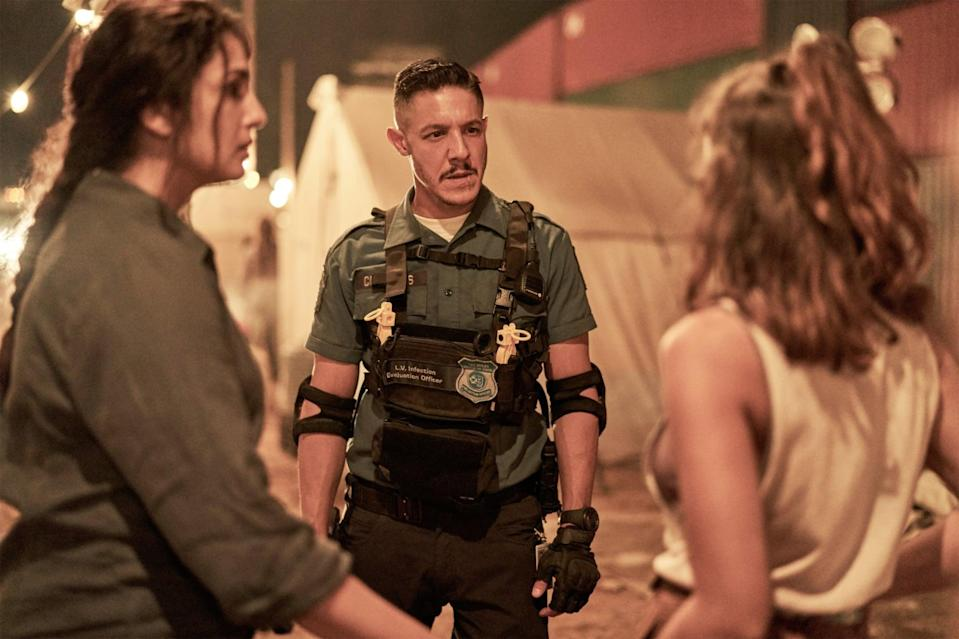 ARMY OF THE DEAD, from left: Huma Qureshi, Theo Rossi, Ella Purnell, 2021. ph: Clay Enos /  Netflix / courtesy Everett Collection