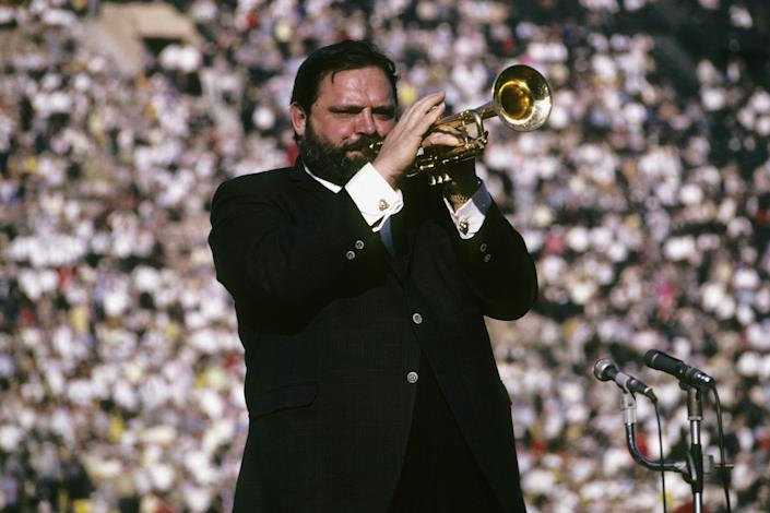 Jazz trumpeter Al Hirt plays the national anthem prior to the start of Super Bowl I on January 15, 1967 between the Kansas City Chiefs and the Green Bay Packers at the Coliseum in Los Angeles, California.