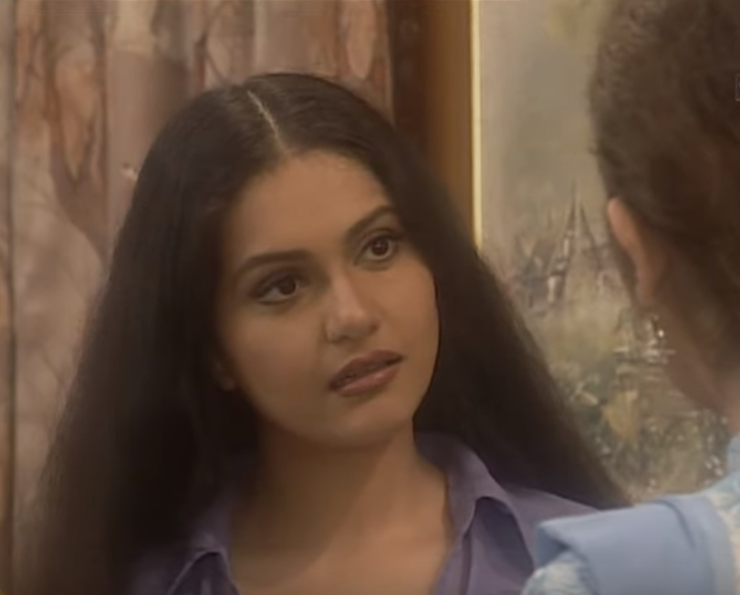 The chosen route of dance took a turn toward acting in the late 90s when she bagged a role in Zee TV's series, <em>Amanat</em>. As the pretty and innocent 'Dinky', who was young and full of life, Gracy had the audience by her side. She was roped in in Doordarshan's historical serial <em>Prithviraj Chauhan, </em>just during that time.
