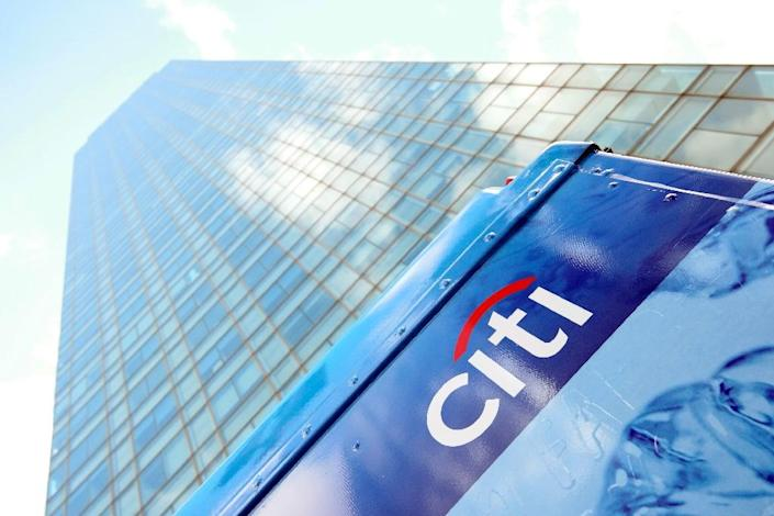 Earnings from US banking giants Citigroup and Wells Fargo shows an increased drag from the oil rout that investors fear will worsen (AFP Photo/Brian Ach)