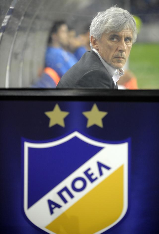 Apoel FC's serbian coach Ivan Jovanovic looks on during the UEFA Champions League Group G football match against FC Porto at the Dragao Stadium in Porto, on October 19, 2011. The match ended in a 1-1 draw. AFP PHOTO / MIGUEL RIOPA (Photo credit should read MIGUEL RIOPA/AFP/Getty Images)