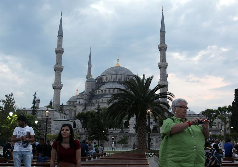 Turkey's tourism industry shrugs off protest fears