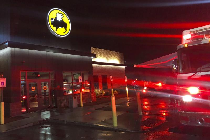 Buffalo Wild Wings Manager Dies, 13 Hospitalized After Exposure to Toxic Cleaning Product Fumes