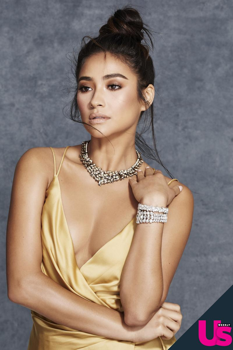 Shay Mitchell on Her Character's Multiple Girlfriends: Bring It On'