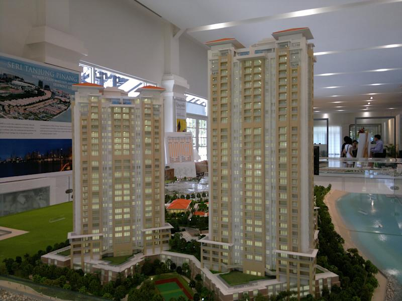 Among the new rules, showroom flats cannot made to look bigger than the actual area of the flat. (Property Guru photo)
